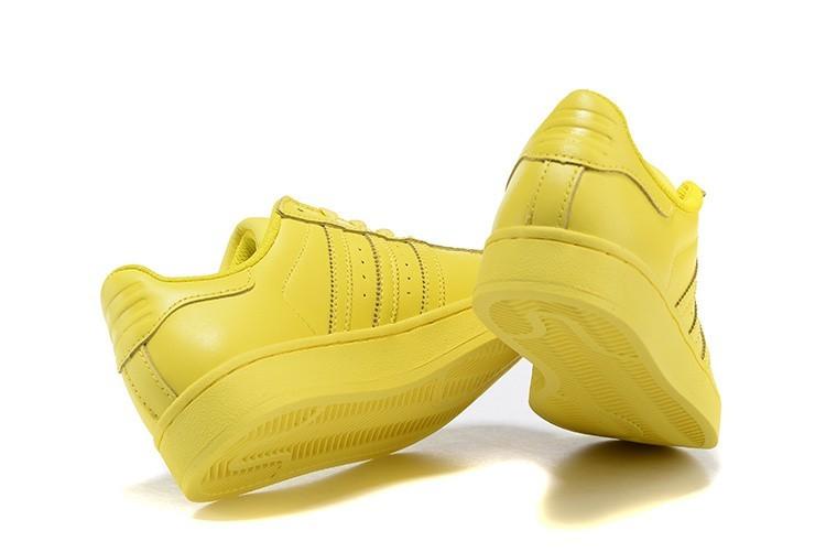 new arrivals 116c0 1afb9 Compra Hombre Mujer Bright Amarillo S41837 Adidas Originals Superstar  Supercolor PHARRELL WILLIAMS Zapatillas España Online