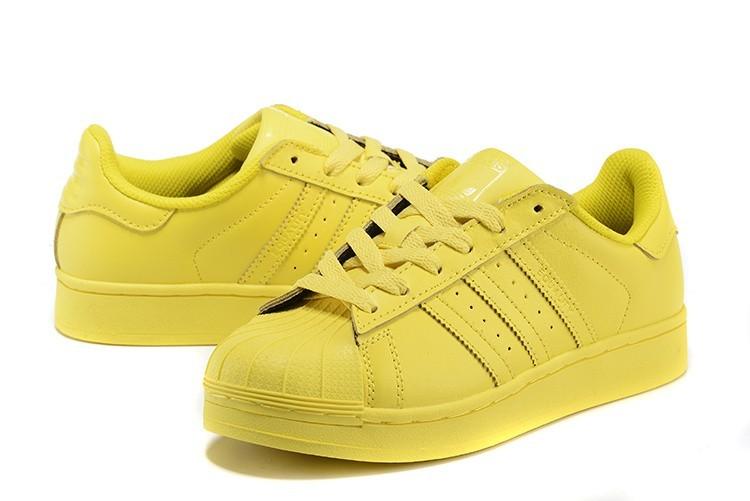 new arrivals dea78 b988d Compra Hombre Mujer Bright Amarillo S41837 Adidas Originals Superstar  Supercolor PHARRELL WILLIAMS Zapatillas España Online