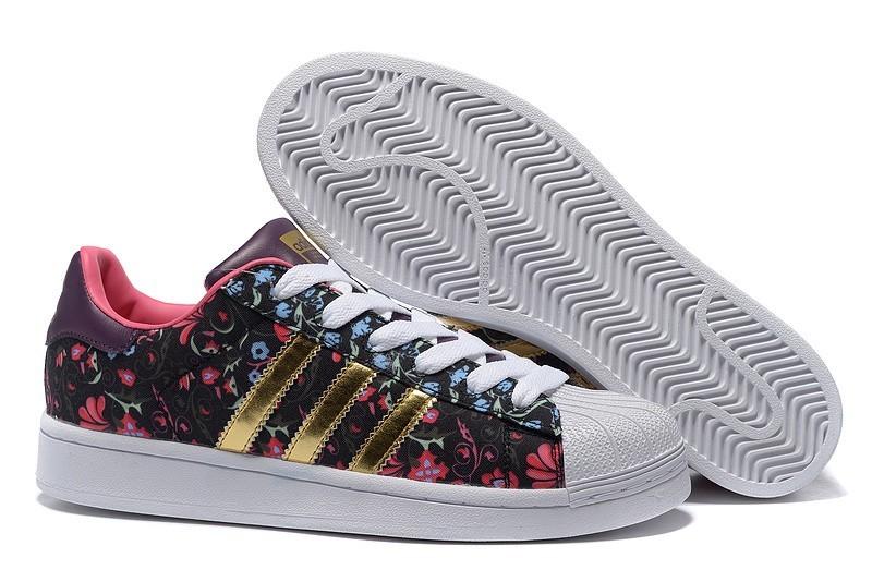"""Compra 2016 Mujer Floral Negras Doradas B35441 Adidas Originals Superstar """"Russian Bloom"""" Print Zapatillas Baratas"""